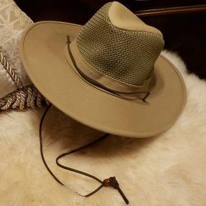 Henshel Men's UV Protection Solarweave Breezer Hat